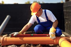Монтаж-канализации-в-загородном-доме